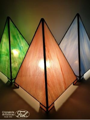 Tiffany's Lamp pyramid